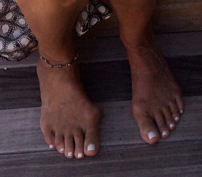Oprah's Ugly Feet - Bing images