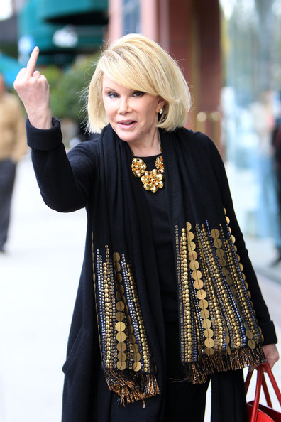 Joan+Rivers+shows+thoughts+Oscars+sticks+up+ItD1XvdC5T9l