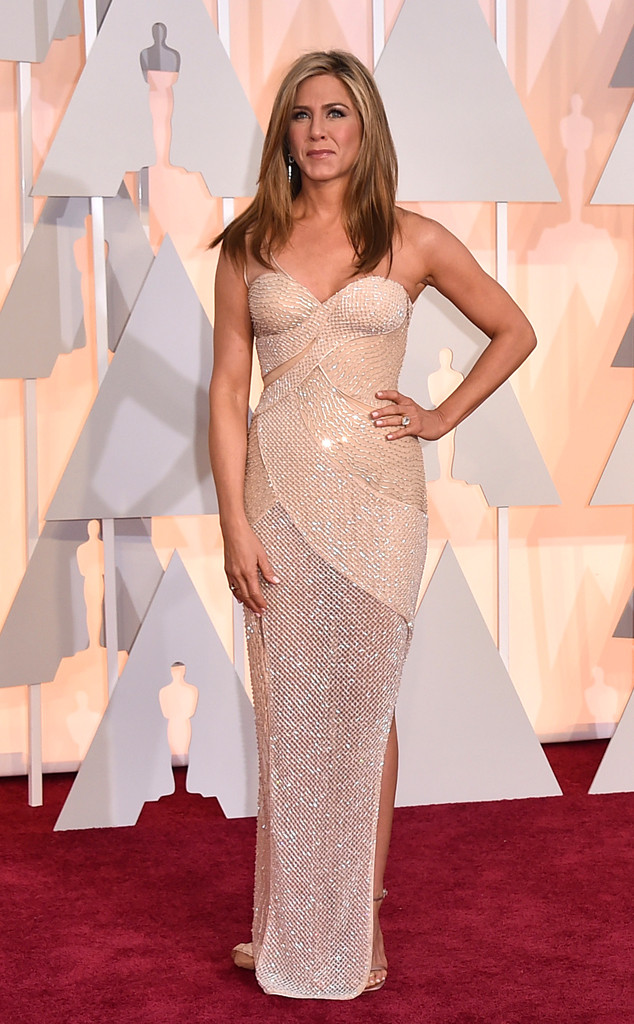 rs_634x1024-150222170638-634-jennifer-aniston-oscars