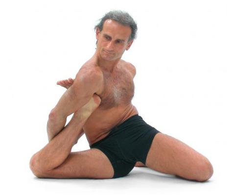 Yoga-Dandasana