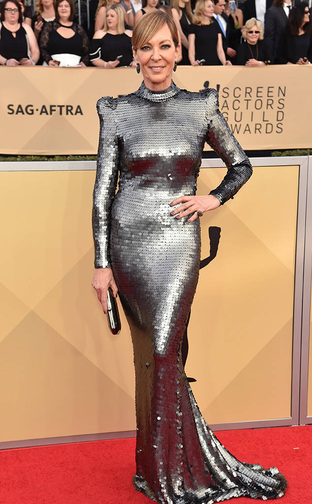 rs_634x1024-180121164323-634-red-carpet-fashion-2018-SAG-awards-allison-janney.ct.012118