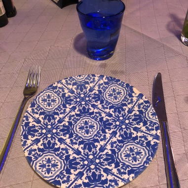 i just loved this pretty plate!