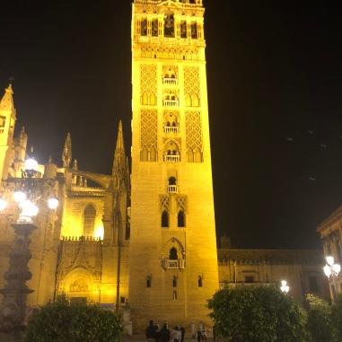 Sevilla Cathedral, at night.