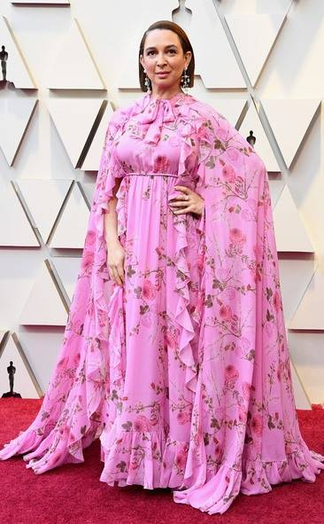 rs_634x1024-190224154309-634-2019-oscar-academy-awards-red-carpet-fashions-maya-rudolph.cm.22419