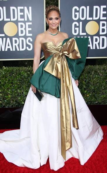 rs_634x1024-200105164521-634-2020-golden-globes-red-carpet-fashions-jennifer-lopez
